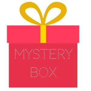 10 items Mystery Box 💝🤫🤭🤗🤔☺️🥰😘❤️